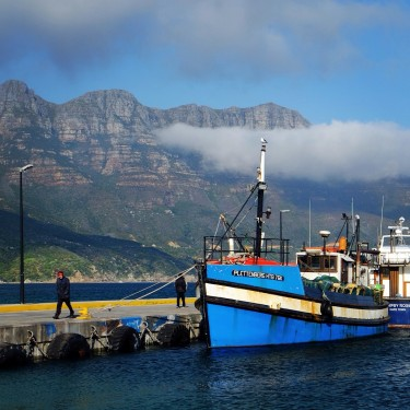 Day 62– South Africa – Cape Town – The fishing harbour of Hout Bay, the best place to eat Fish ans Chips in town.