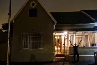 Warren shares this pretty little house located in the Observatory district of Cape Town with 4 other flatmates.