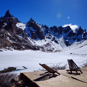 Day 147 – Argentina – Bariloche – Hike between the Frey Refuge and the Lynch refuge to see these beautiful landscapes and lakes (frozen still!!)
