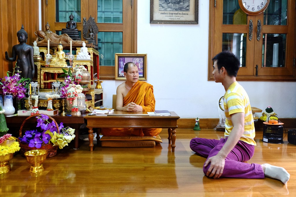 Jay paying a visit to the monk who was his teacher during his Monkhood.