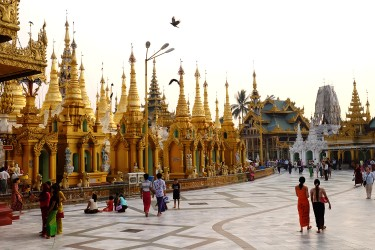 Min's favorite spot is the famous Shwedagon Pagoda where he often preys with his family